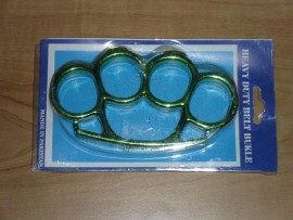 green hard plastic knuckle buckle